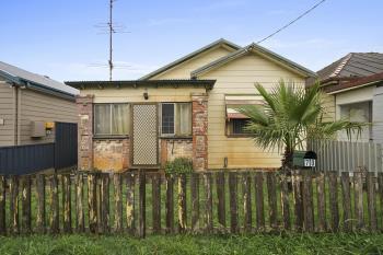 70 Forfar St, Stockton, NSW 2295