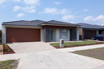 25 Leeson St, Officer South, VIC 3809