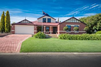 32 Naturaliste Ave, Withers, WA 6230