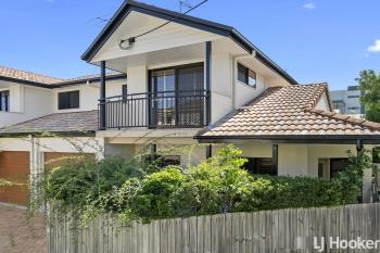 1/219 Shore Street West , Cleveland, QLD 4163