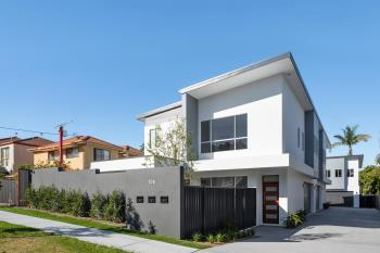 104 Pohlman St, Southport, QLD 4215