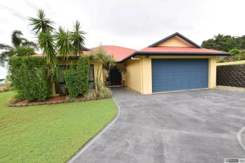 32 Pease St, Tully, QLD 4854