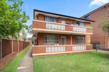 2/116 Wattle Ave, Carramar, NSW 2163