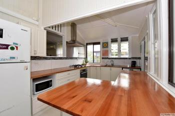 4 Walter Lever Estate Rd, Silkwood, QLD 4856