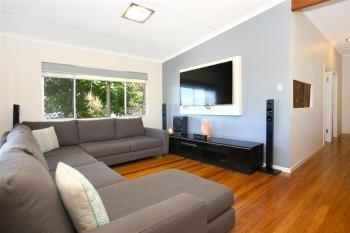 49 Yarrayne Rd, Nerang, QLD 4211