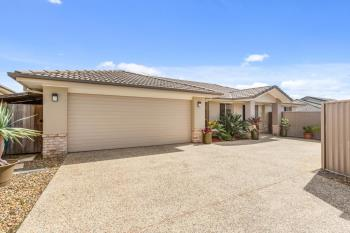2/22 Newcastle Dr, Pottsville, NSW 2489