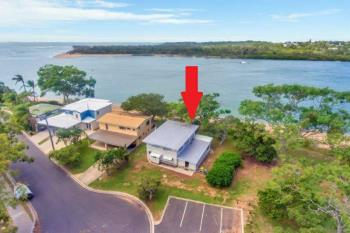 2 Island Esp, Boyne Island, QLD 4680