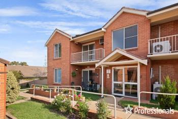 13/210 Stewart St, Bathurst, NSW 2795