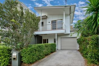 17 Emerald St, Kedron, QLD 4031