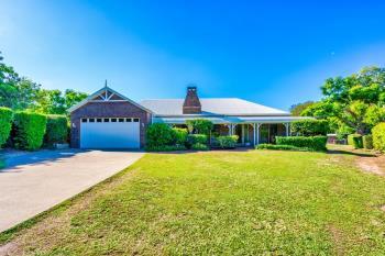 11 Oak St, Nerang, QLD 4211
