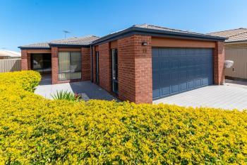 19 Eimeo St, Sandstone Point, QLD 4511