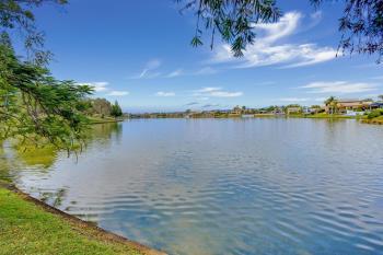 10/173 Barrier Reef Dr, Mermaid Waters, QLD 4218