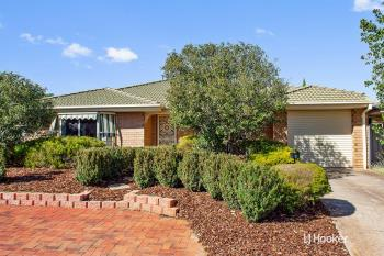 8 Reginald Pde, Craigmore, SA 5114