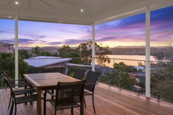 70 Thompson Rd, Speers Point, NSW 2284