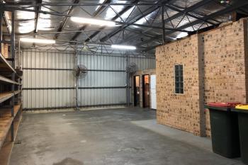 2/2 Commerce Dr, Lake Illawarra, NSW 2528