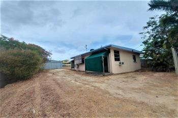 72 George St, Bowen, QLD 4805