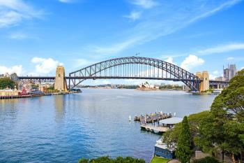 32/2a Henry Lawson Ave, Mcmahons Point, NSW 2060