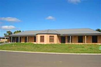 2 Vidler Pl, Blayney, NSW 2799
