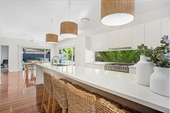9 Seaside Ave, Mermaid Beach, QLD 4218