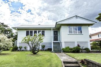 6 Yvonne St, Yeronga, QLD 4104