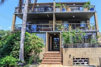 2/152 Surf Pde, Broadbeach, QLD 4218