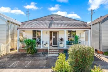120 Cleary St, Hamilton, NSW 2303