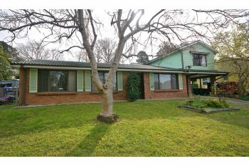 8 Brook St, Hazelbrook, NSW 2779