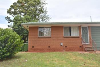 2/62 Stuart St, Mount Lofty, QLD 4350