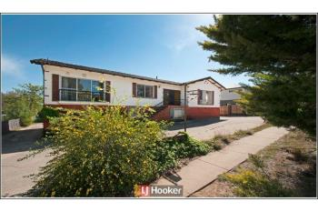 1/6 Belconnen Way, Page, ACT 2614