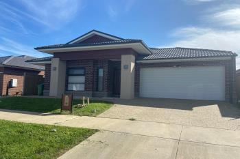 15 Orpington Dr, Clyde North, VIC 3978
