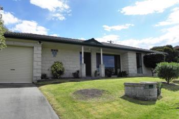 32 Lakeview Dr, Lakes Entrance, VIC 3909