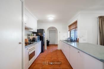 3 Riseborough Cres, Crestmead, QLD 4132