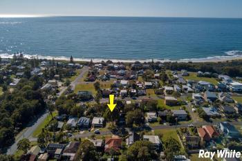 10 Escapade Ave, Diamond Beach, NSW 2430