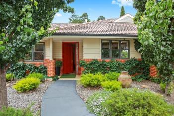 24/2 Links Rd, Burradoo, NSW 2576