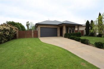10 Hurford Pl, Forbes, NSW 2871