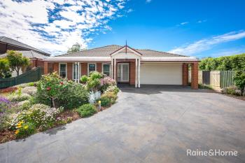 19 Semillon Ct, Sunbury, VIC 3429