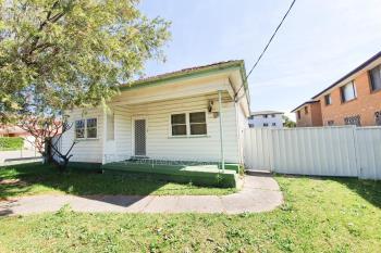 35 Gould St, Campsie, NSW 2194