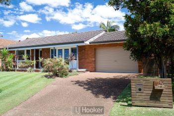 82 Alhambra Ave, Macquarie Hills, NSW 2285