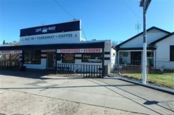 32 West St, Gundagai, NSW 2722