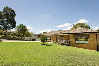 67 Blackett Ave, Young, NSW 2594
