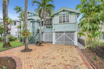 39 Grove St, Parramatta Park, QLD 4870