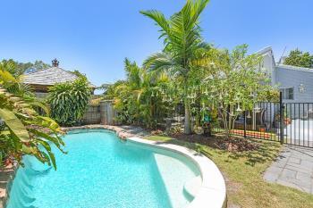 22 Allinga St, Coombabah, QLD 4216