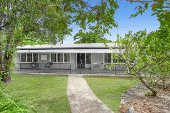1 Byrnes Cl, Whitfield, QLD 4870