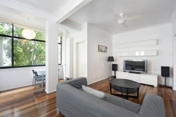9/29 East Crescent St, Mcmahons Point, NSW 2060