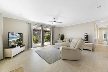 41 Annerley Ave, Runaway Bay, QLD 4216