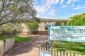 369-371 Bridge St, Wilsonton, QLD 4350