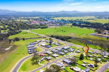18 Joy Pl, Moruya, NSW 2537