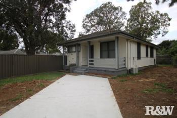 3 Tonga Pl, Lethbridge Park, NSW 2770