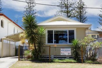 12 Harbour St, Yamba, NSW 2464