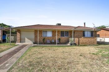 18 Johns Dr, Kootingal, NSW 2352